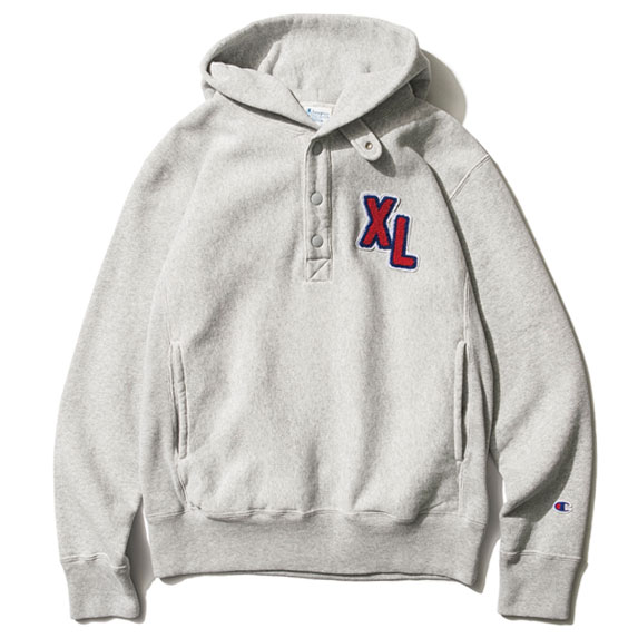 XLARGE®×Champion SNAP BUTTON PULLOVER HOOD S…